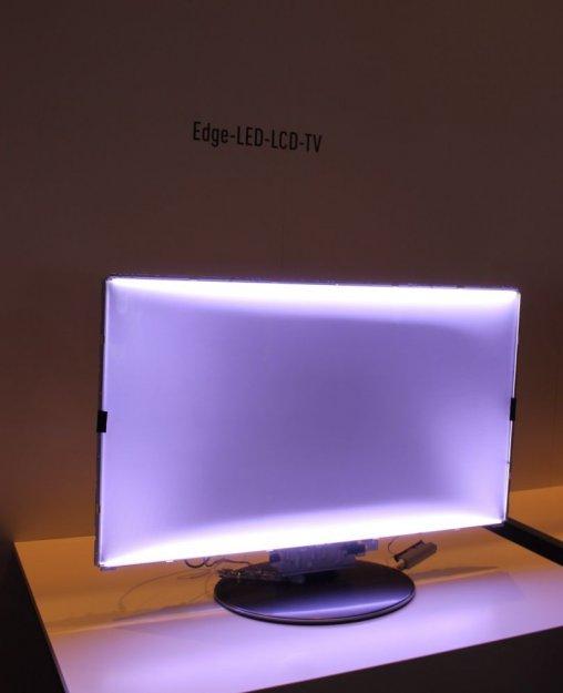 12aa60a0e Digitální domácnost - Podsvícení u LCD televizorů a proč má Samsung ...